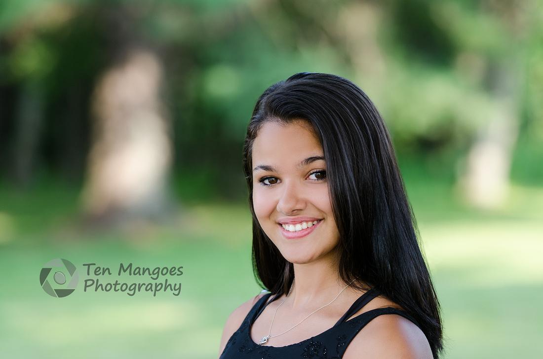 Ten Mangoes Photography Auburn High School senior model